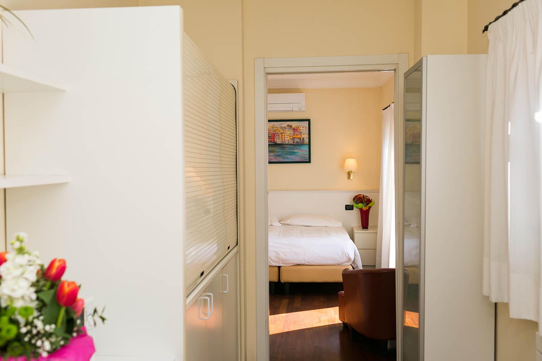 REX Hotel Residence Genova Bilocale vista della terrazza panoramic