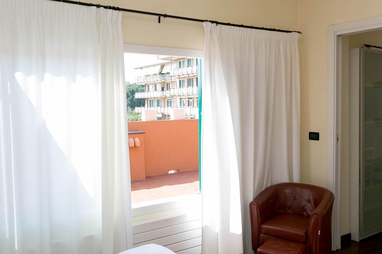 REX Hotel Residence Genova Bilocale vista della terrazza panoramica