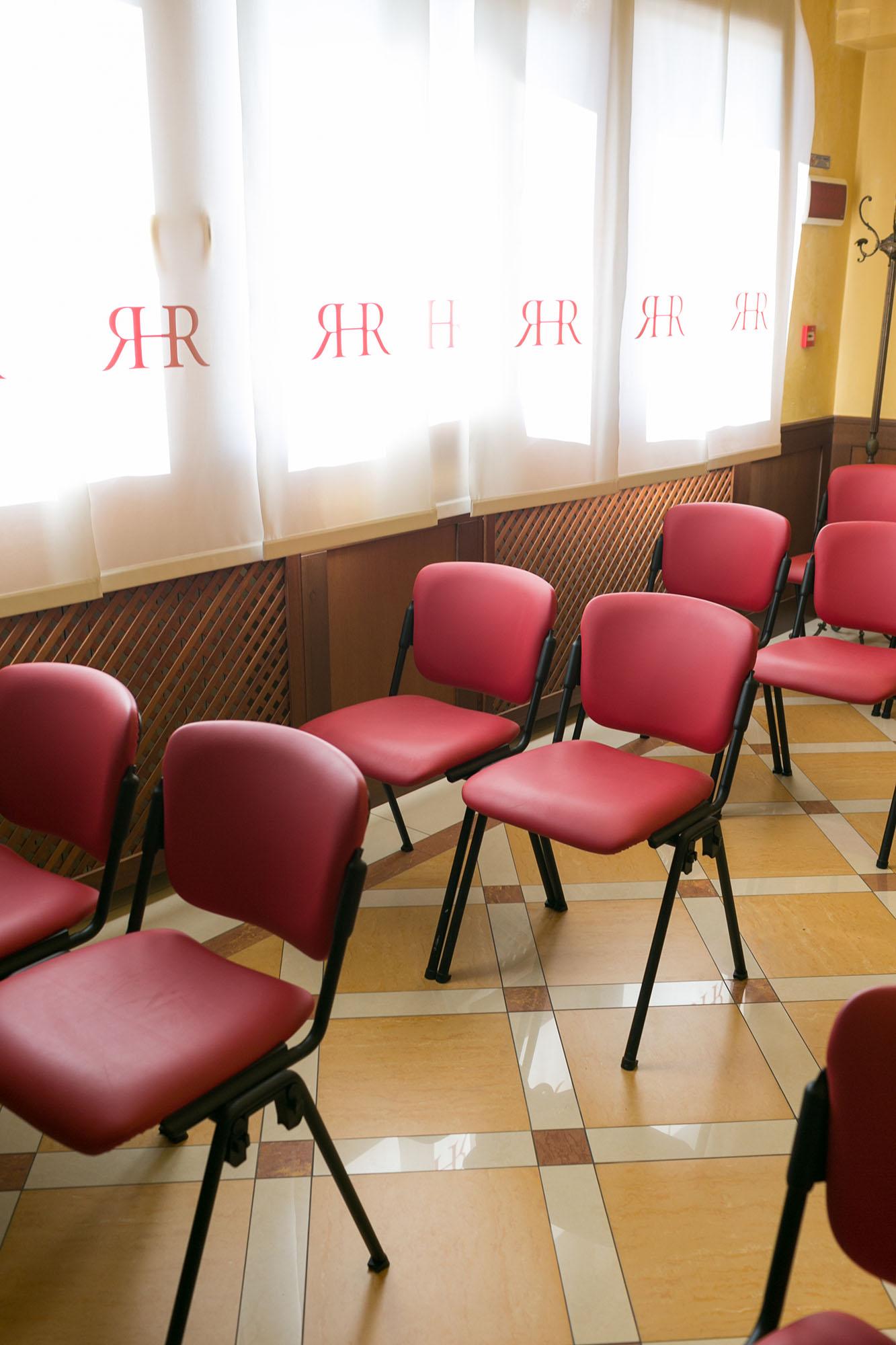 Sedie conference center sala riunioni e meeting